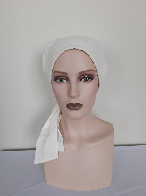 Turbante  de tela  de crema , para personas que estén pasando por un tratamiento de quimioterapia