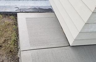 broom finish concrete walkway