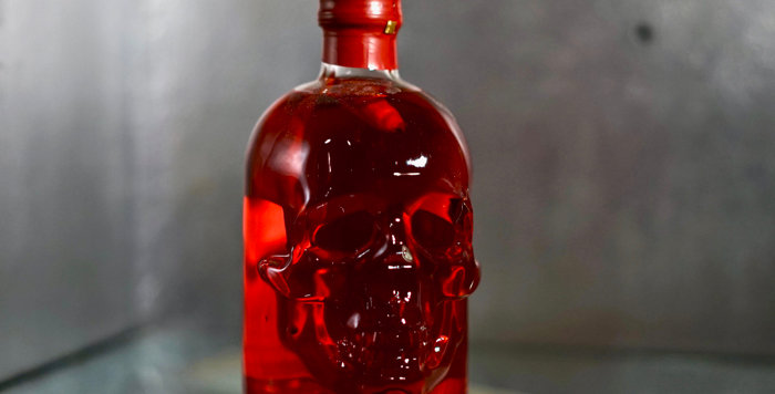 Chilli head Absinthe in glass skull - 50cl