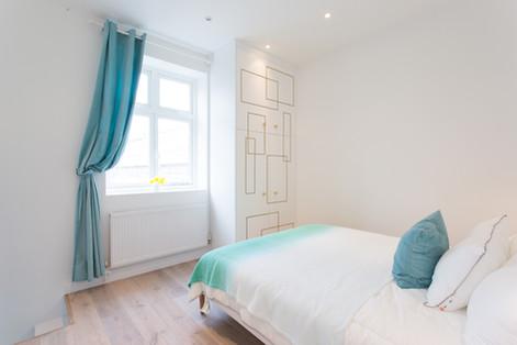 bedroom built in cupboard