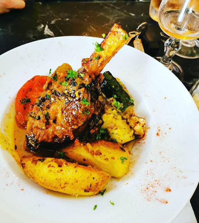 #restaurantvillefranchesursaone  #restau