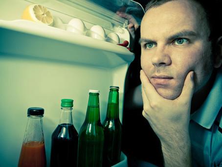 Холодильник перемораживает? Холодильник не холодит?