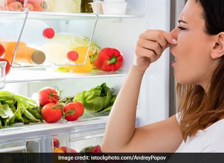 В Вашем холодильнике плохо пахнет? Как можно избавиться от запахов в холодильнике.