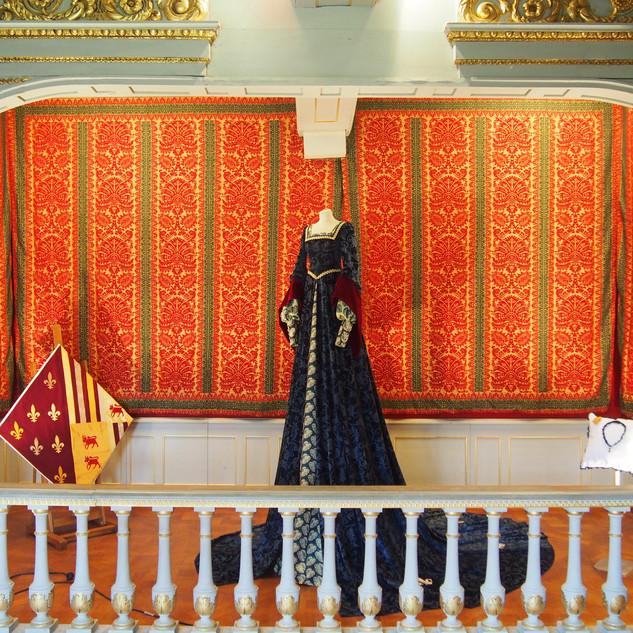 La Grande robe de Françoise de Foix dans la chambre dorée