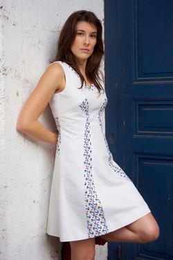 robe à découpes droites