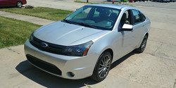2011 Ford Focus SES (1)