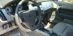2011 Ford Focus SES (9)