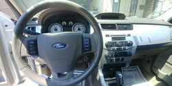 2011 Ford Focus SES (12)
