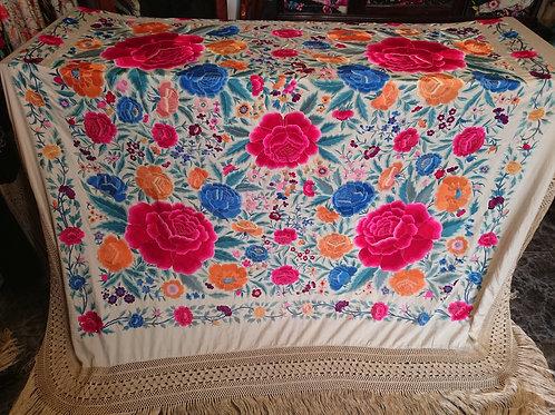 Maravilloso mantón antiguo de peonías