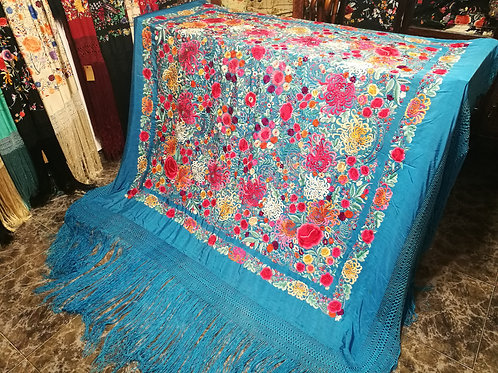 Maravilloso y único mantón antiguo