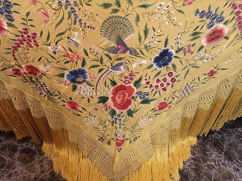 Maravilloso mantón antiguo, de colección
