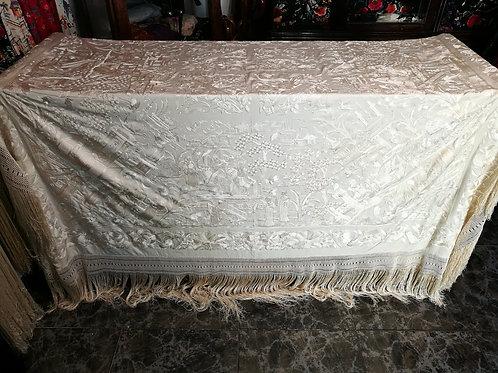 Espectacular mantón oriental