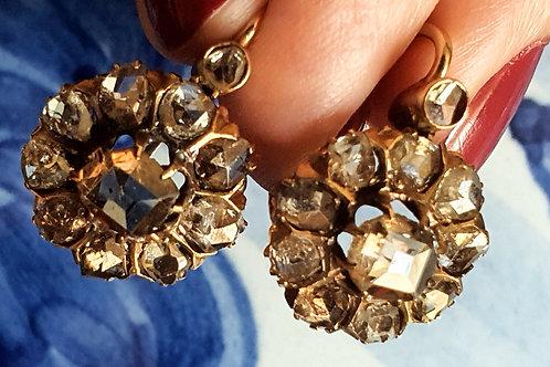 Magníficos pendientes en oro y diamantes