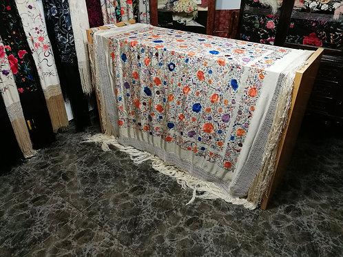 Precioso mantón antiguo