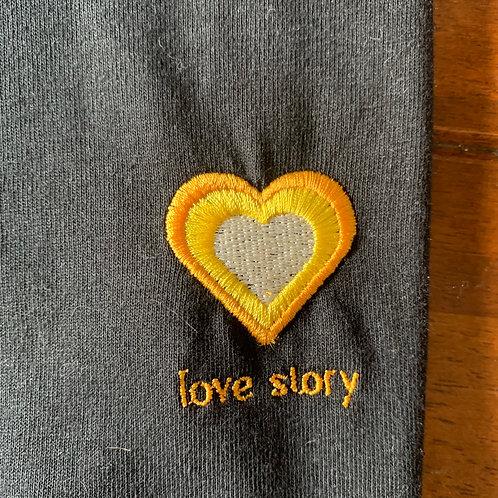 Small Black T-Shirt - love story(heart)