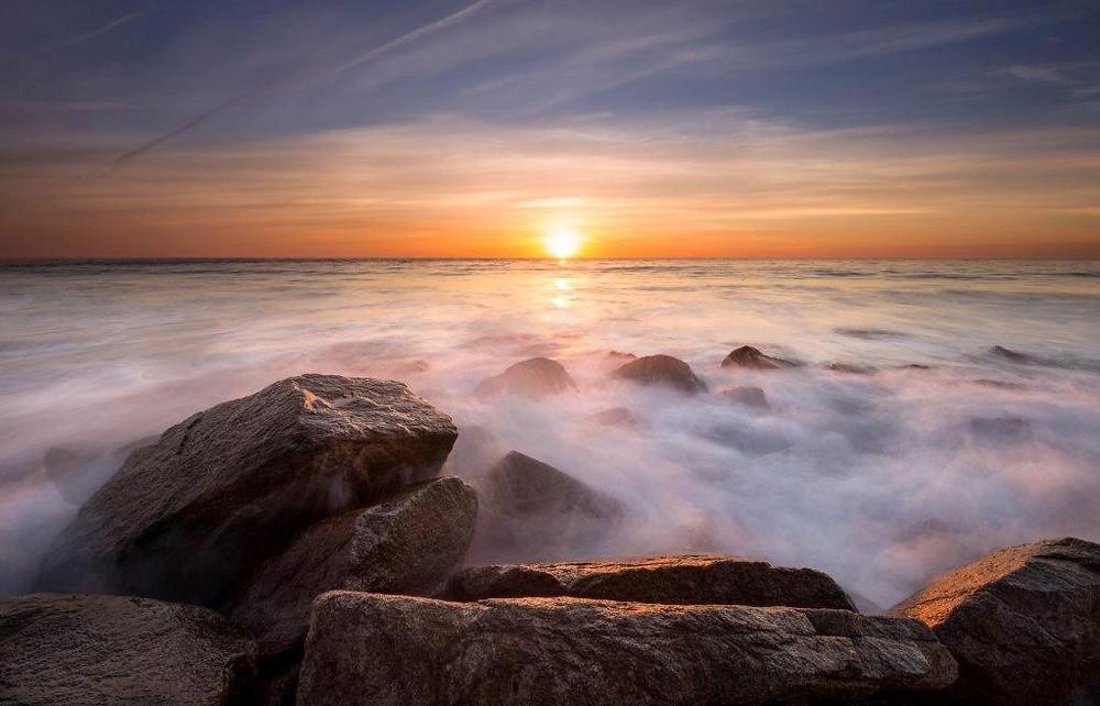 Fog on rocks