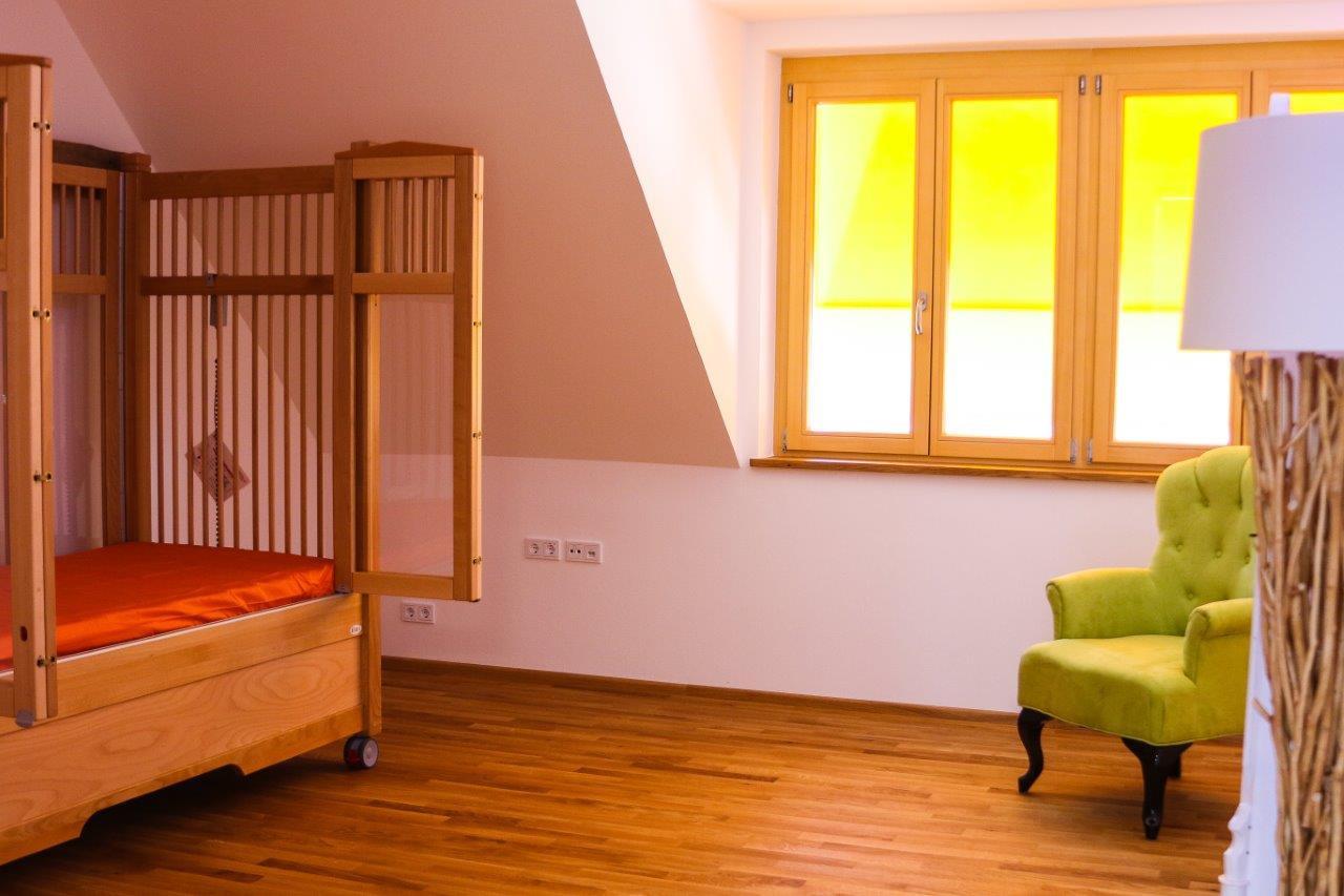 7 Pflegezimmer Kinderhospiz Sterntaler.j