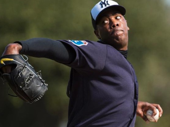 Yankees Fall To Rays 9-1; Chapman Struggles In Debut