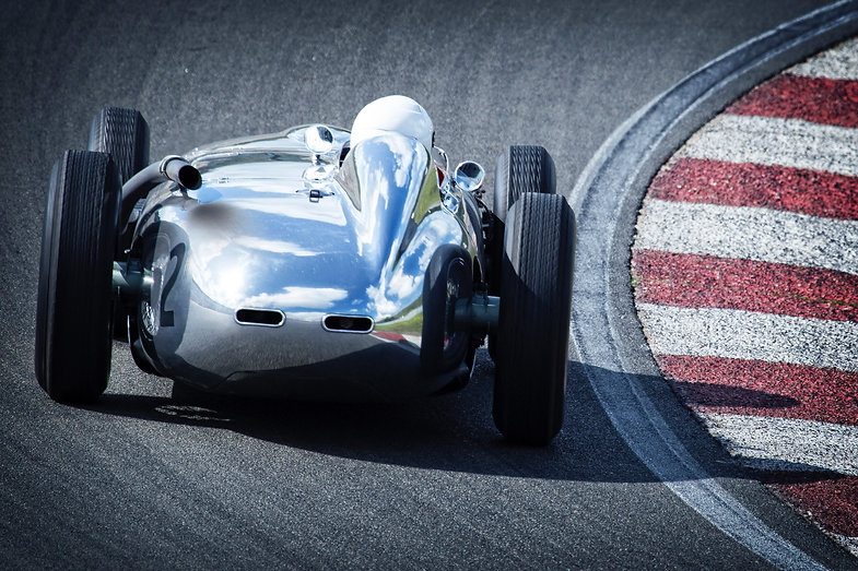 auto-racing-car-wallpapers-fast-12789.jp