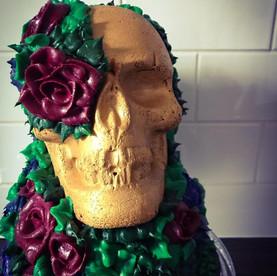 Gold Skull Buttercream Cake