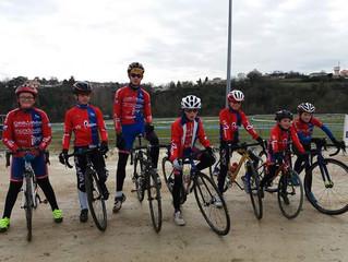 Cyclo-Cross de l' Orangerie à Thouars - Des Uvpistes venus en nombre !
