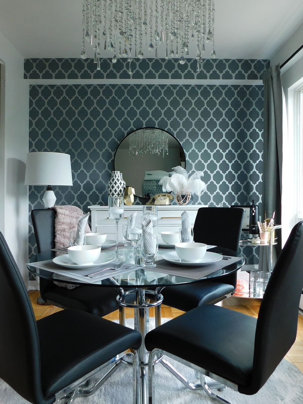 how to style my dining table
