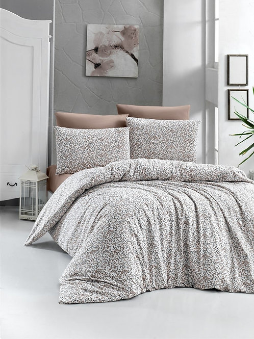 More Is Less Bedset