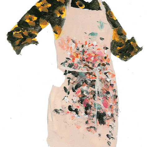 printing apron with flower blouse