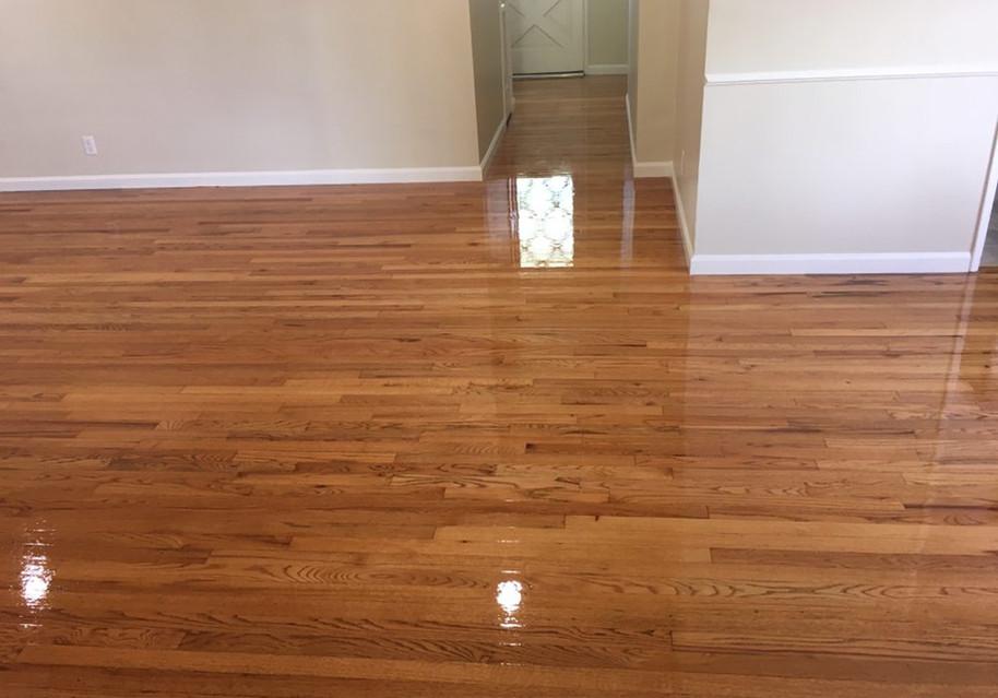 refinishing hardwood floors.jpg