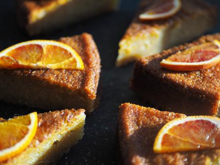 Ciasto pomarańczowo-migdałowe. Pachnie Sycylią i jest namiastką (ale pyszną) majówki we Włoszech.