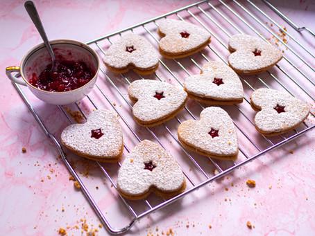 COOKIE KRONIKI, część 1 - Ciastka Linzer, czyli eleganckie ciastka z dżemem.