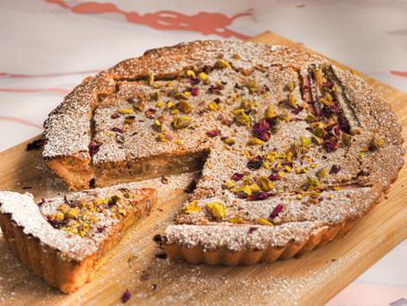 Tarta z RABARBAREM zapiekanym w migdałowym kremie frangipane - pyszny i sezonowy deser!