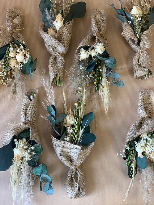 Set of Hessian Wrapped Favours