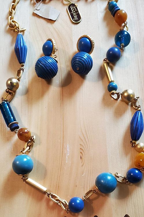 Dauplaise Ltd necklace set NWT