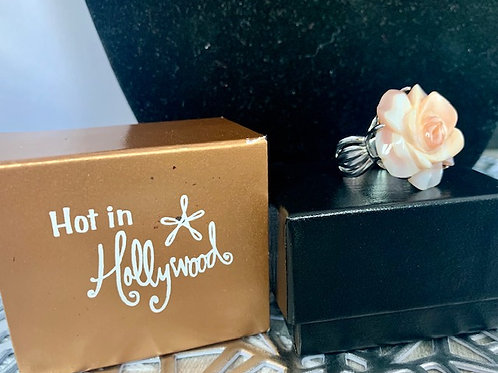 Hot in Hollywood HSN Flower Ring Sz 9