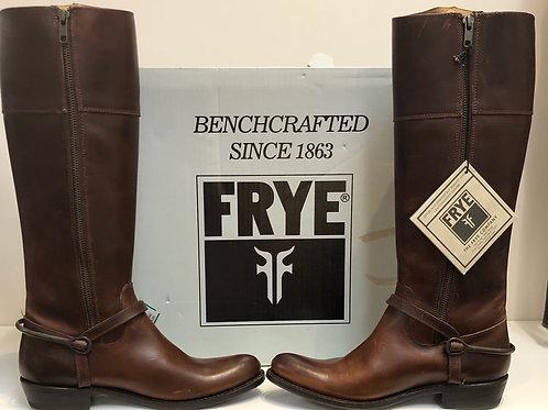 Frye Boots New in Box Women size 6.5