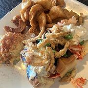 lunch lobster roll.jpg