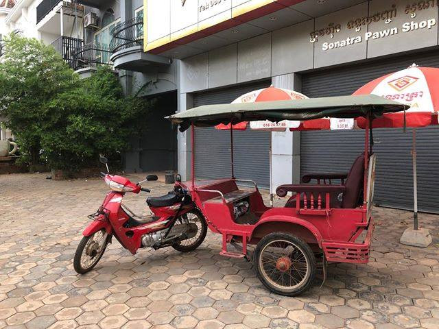 【カンボジアの乗り物① トゥクトゥク】
