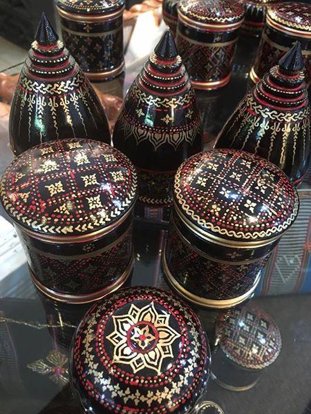 【工芸品】漆細工-カンボジア中部コンポントム州 で作られた漆細工です。 小物入れやインテリアにぴったりです。 $6~ 販売中