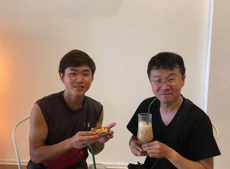 【カンボジアでのご活躍に期待!ホステルと天ぷら屋台で活躍される2人】
