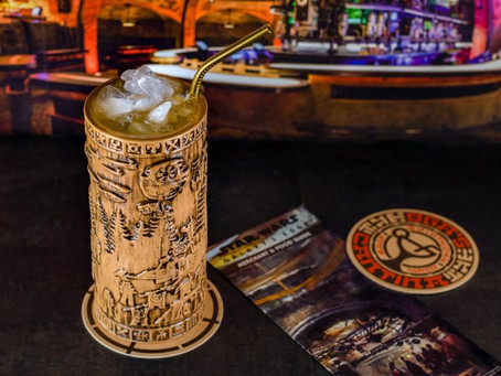 Drink Review: Oga's Cantina's Yub Nub