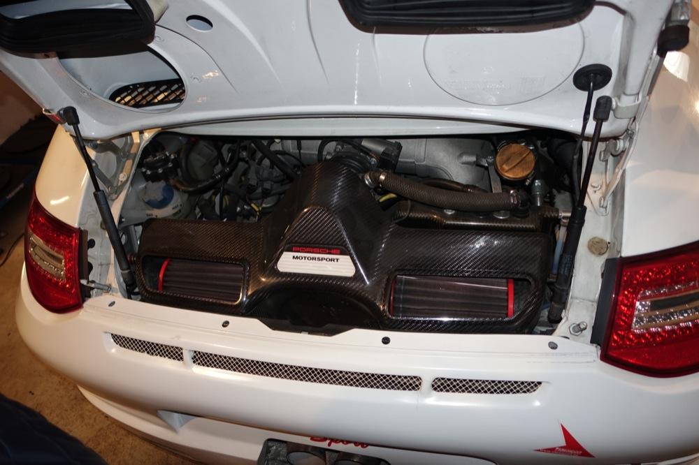 PORSCHE GT3R 27