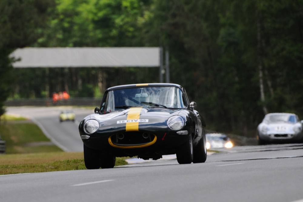 JAGUAR E TYPE COUPE FIA GREEN 6.JPG