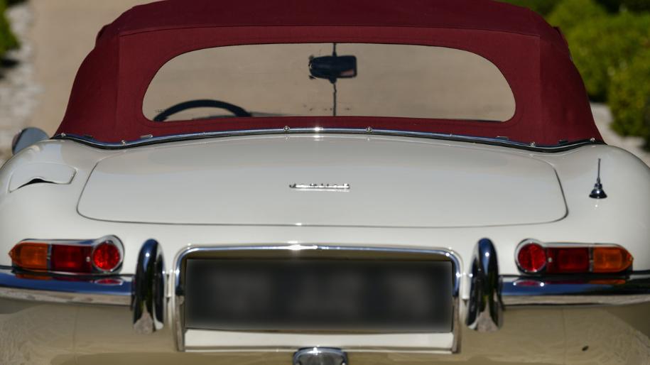 jaguar e type roadster 1961 for sale 37.