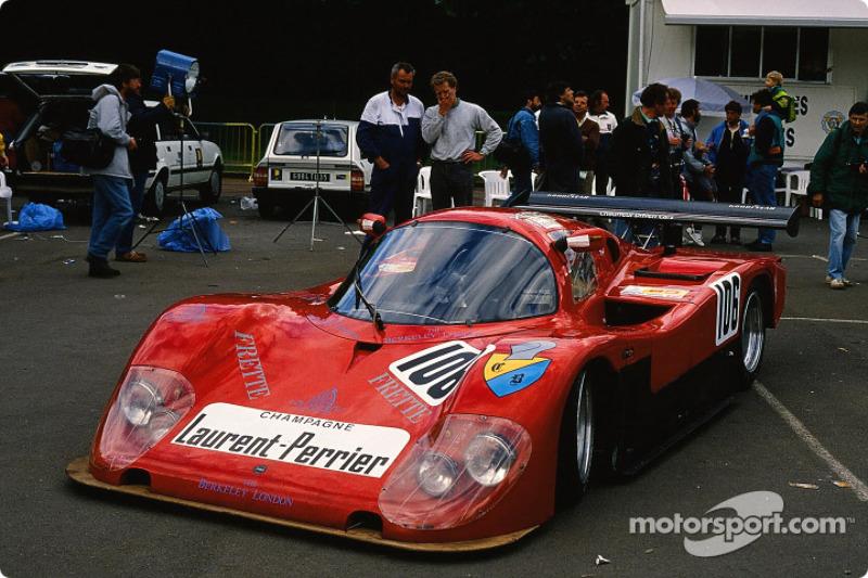 lemans-24-hours-of-le-mans-1989-106-porto-kaleo-team-tiga-gc-288-ford-robin-smith-stingbra