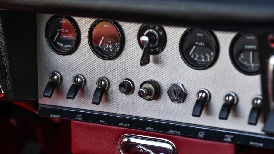 jaguar e type roadster 1961 for sale 3.p