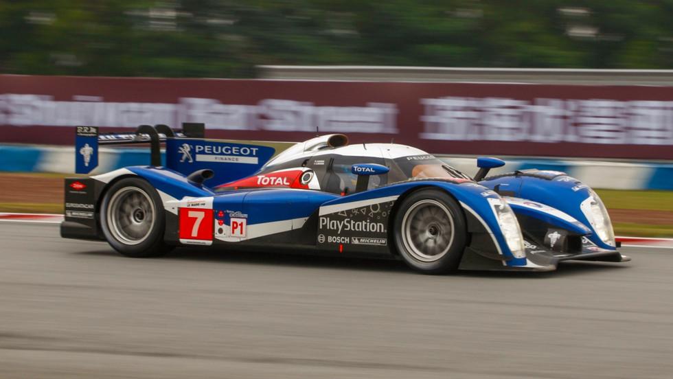 2011 PEUGEOT 908 V8 HDI FAP