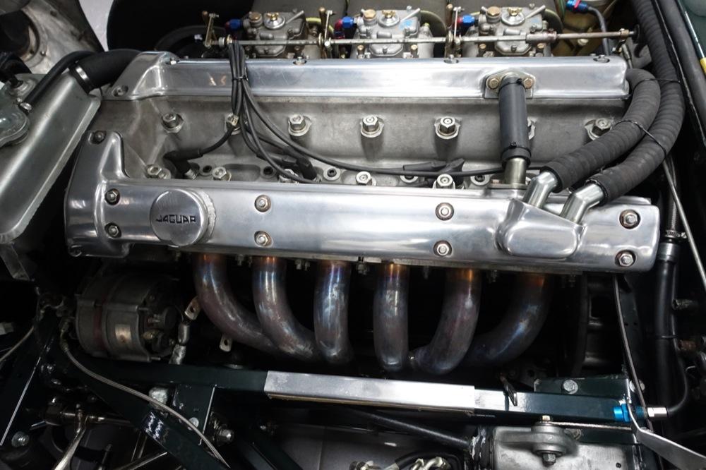 Jaguar E type FIA 19.JPG