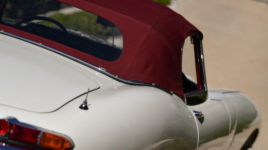 jaguar e type roadster 1961 for sale 34.