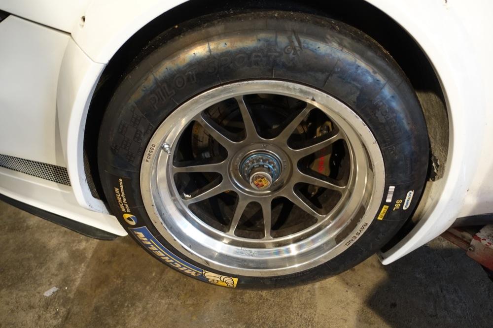 PORSCHE GT3R 73